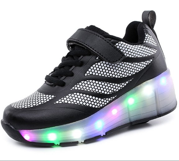 Curve Line Casual Wheelie Shoe For Kids With Flashing LED