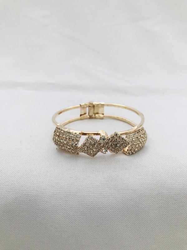 Cute cz stones bangle bracelet - Globus Fashions