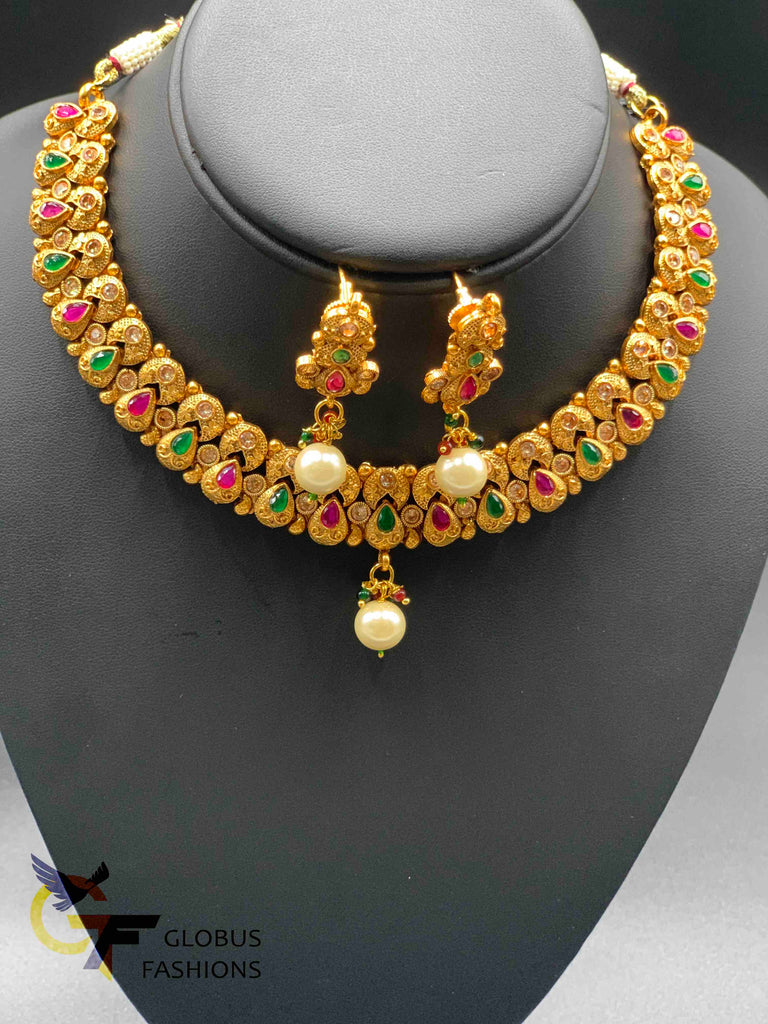 Beautiful and elegant multicolor stones with pearls necklace set