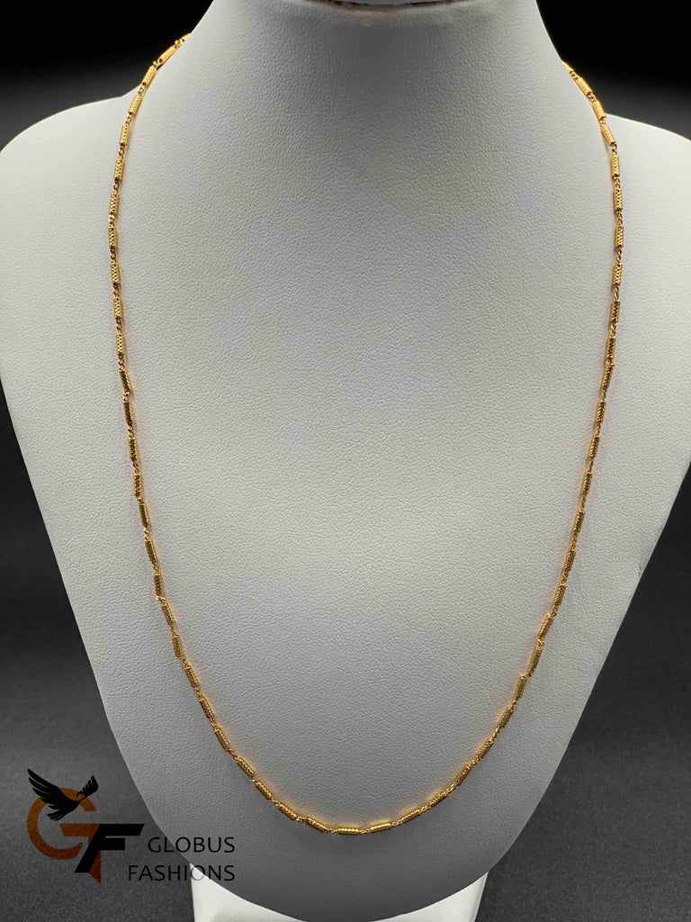 A gold color simple chain