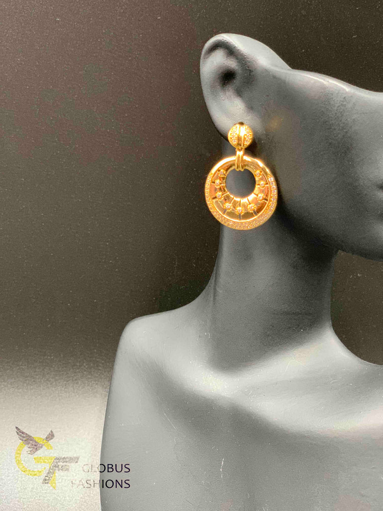 Elegant plain gold with cz stones earrings