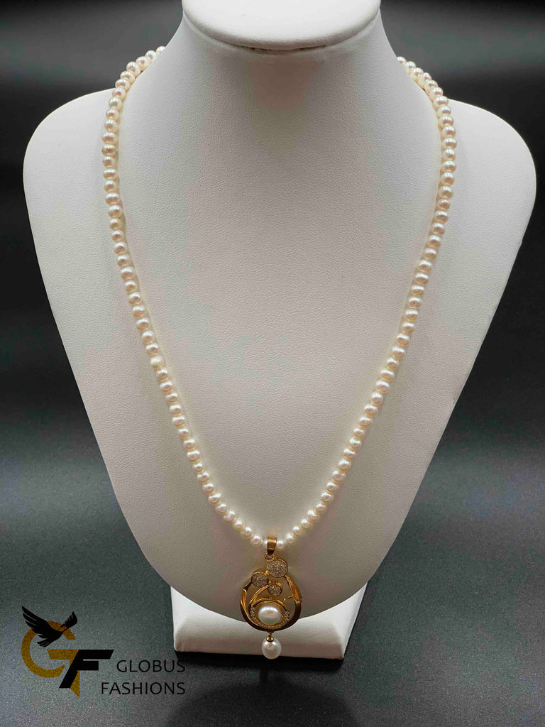Single line round pearls with matching pendant with hanging earrings