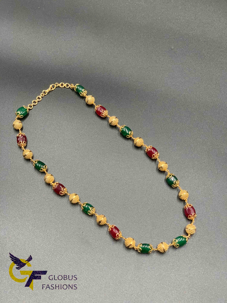 Multicolor stones with gold balls chain