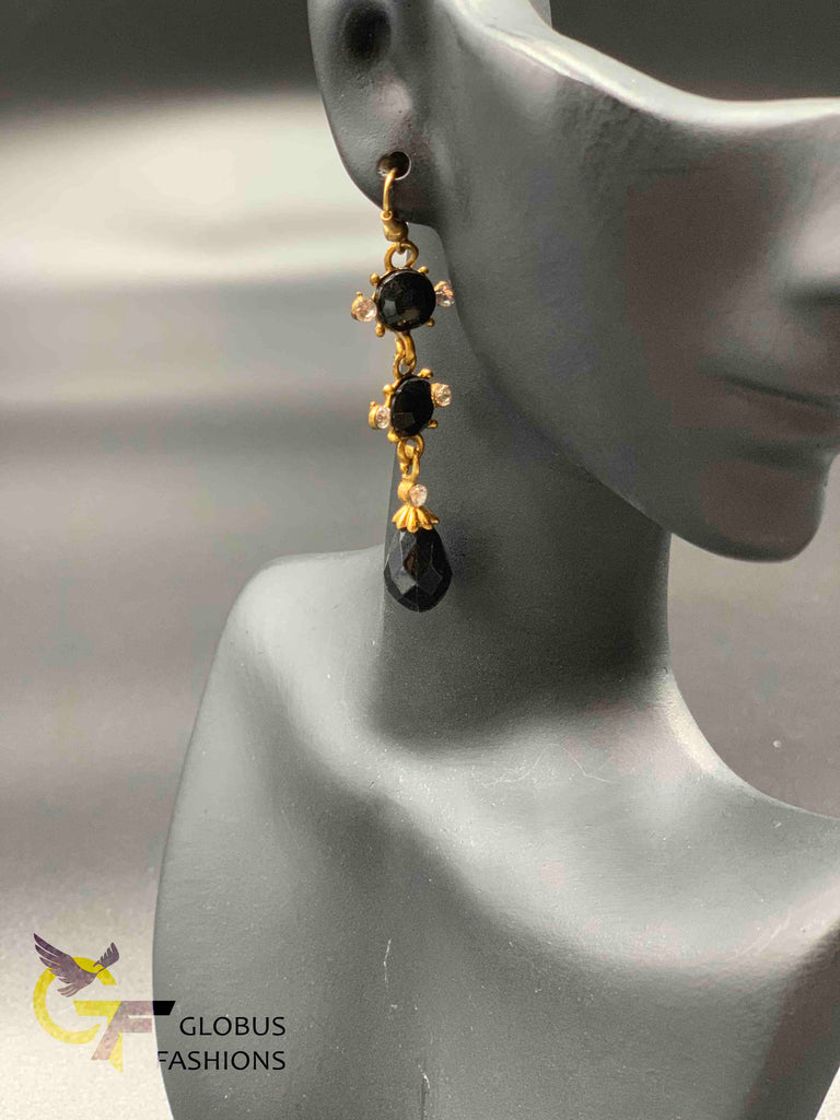 Simple black stones long earrings