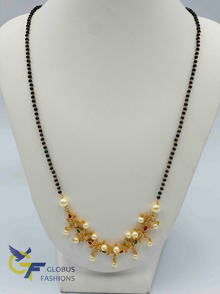 Multicolor stone and pearls with a single line black beads chain