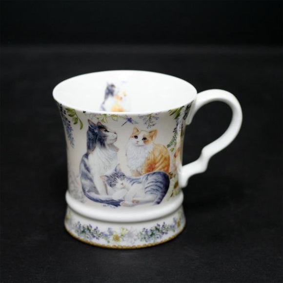 New Bone China Mug with Gift box and Ribbon – Cat