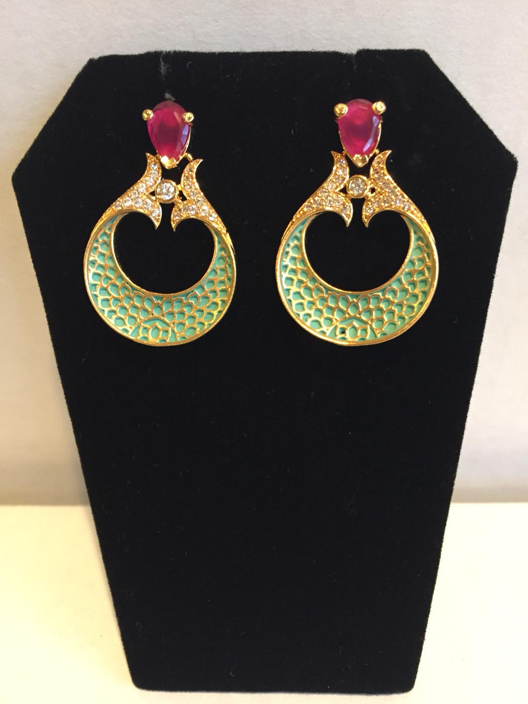 Boutique Collection Earrings - 9gems