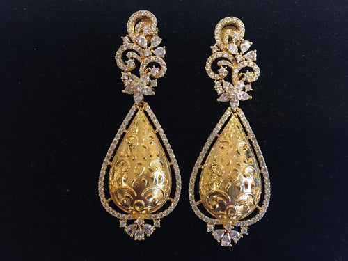 Trendy Earrings with white CZ - 9gems