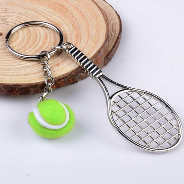 Small Gifts Key Chain, Creative Small Tennis Racket keychain With Variety Colors Balls