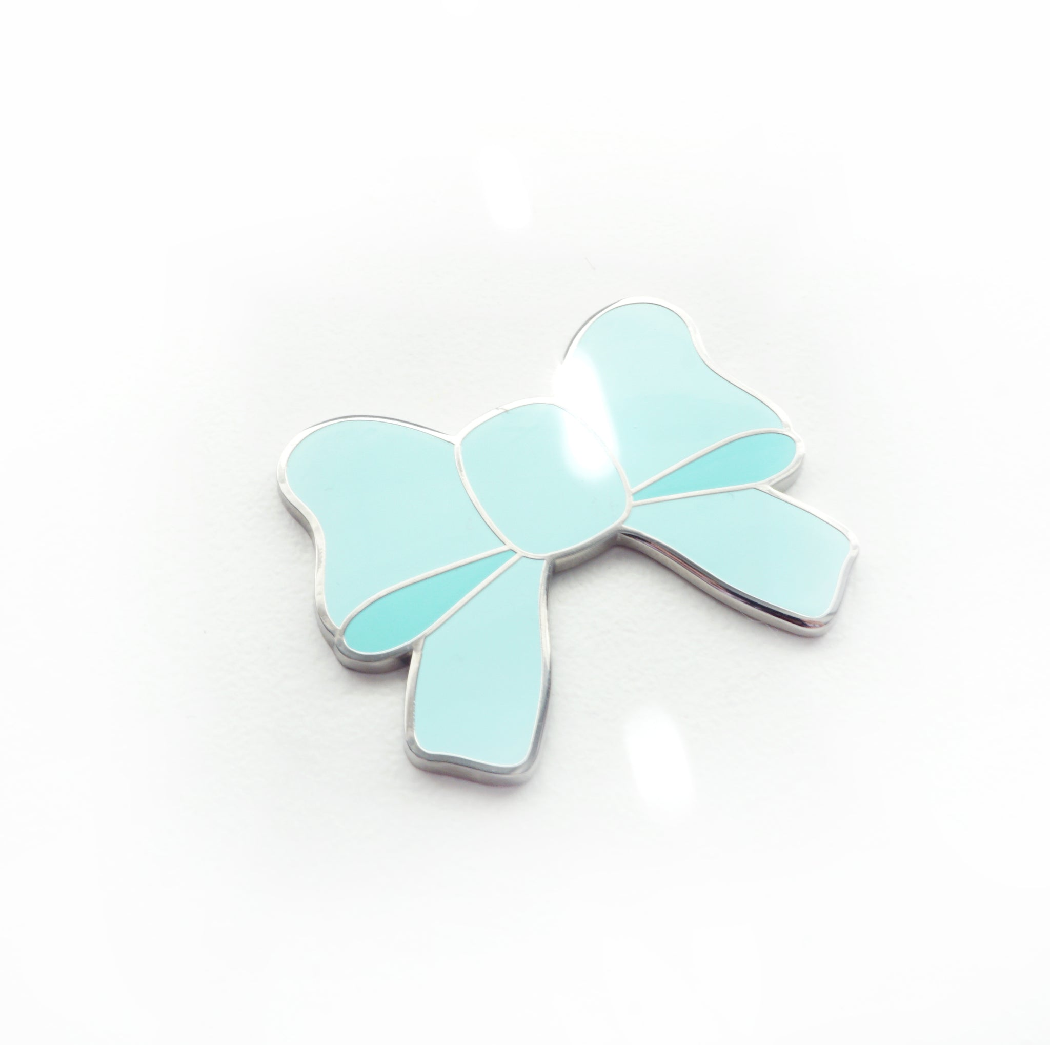 MAGNET - Robin's Egg Blue BOW + silver hardware (May Release)