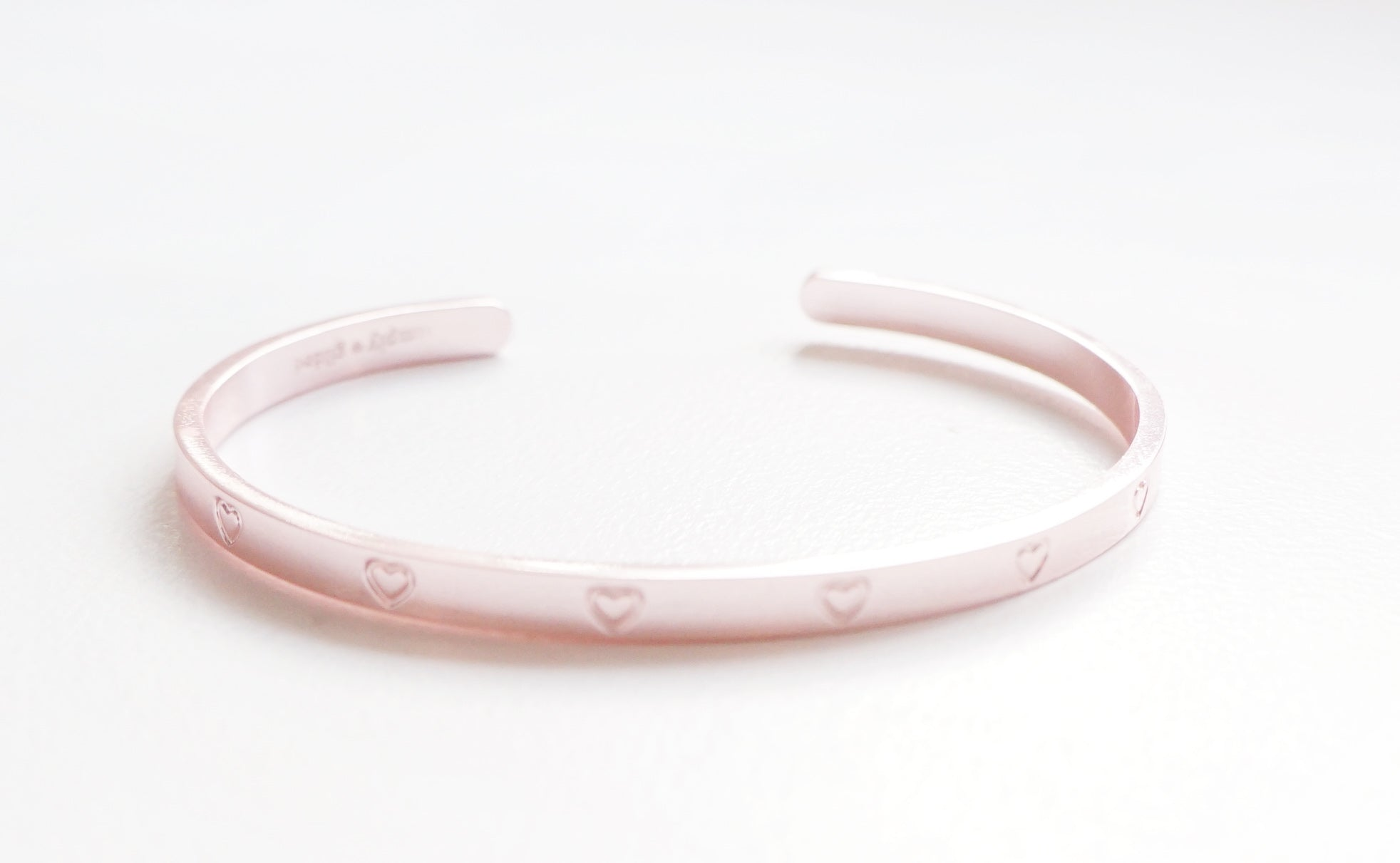 CUFF BRACELET - OPEN HEART ENGRAVED CUFF - rose gold 2019 12 days box/D10 (January 31 Mini Release)