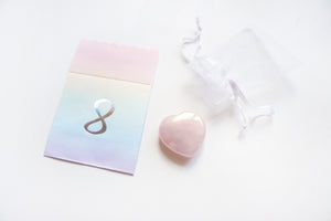 Aura Heart Rose Quartz palm stone 2019 12 days box/D8