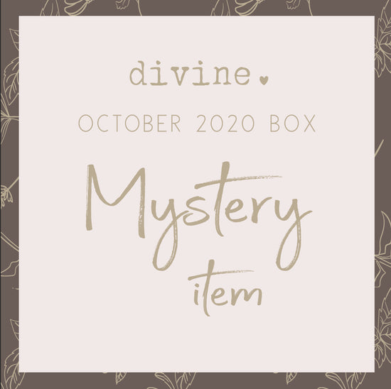 Mystery Item - DIVINE (Moon Pin)