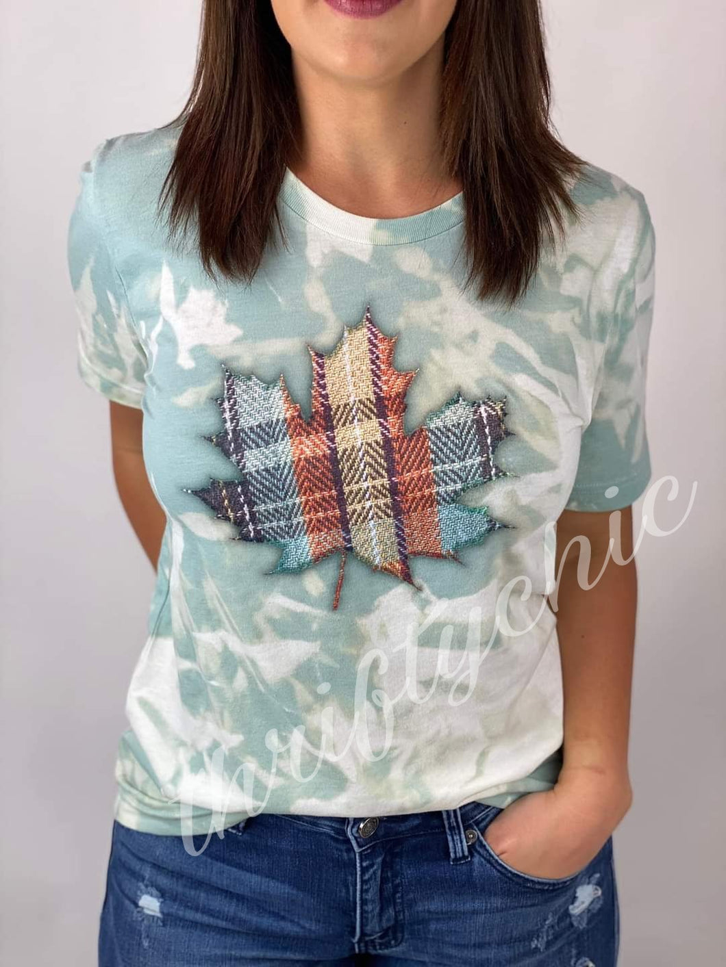 Graphic ~ Plaid Leaf