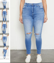 A Quiet Place KanCan Skinny Jeans ~ Curvy