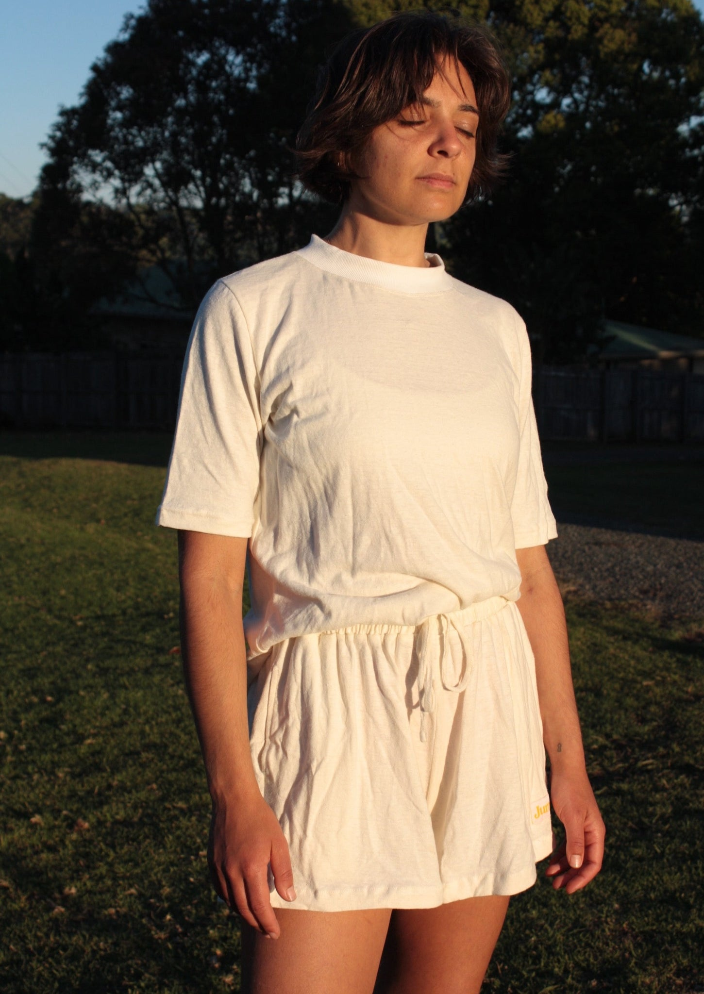 Comfy tee - 100 % hemp jersey in natural.