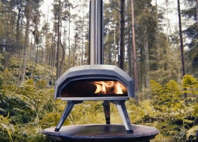 Ooni Karu - Portable Wood and Charcoal Fired Outdoor Pizza Oven FREE EXPRESS SHIPPING-IN STOCK