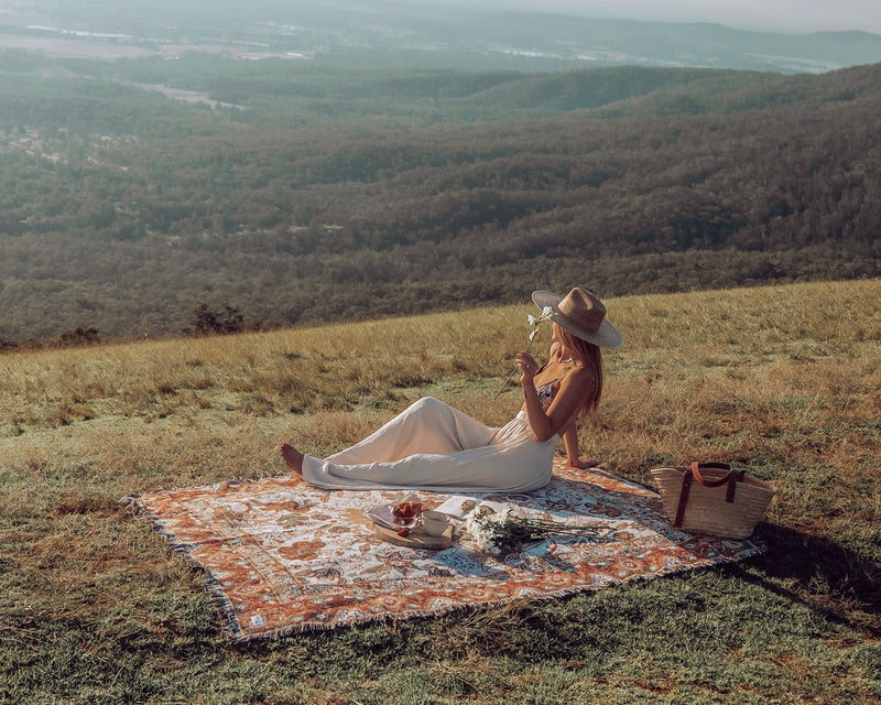 Willow Woven Picnic Rug-Isla in Bloom