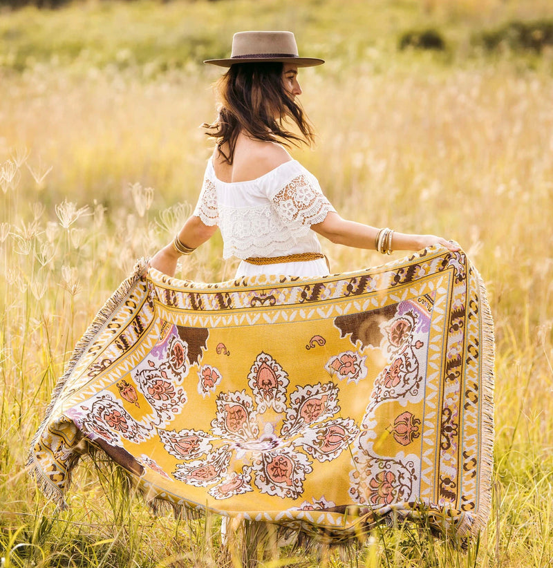 'HERE COMES THE SUN' WOVEN PICNIC RUG- Hendeer