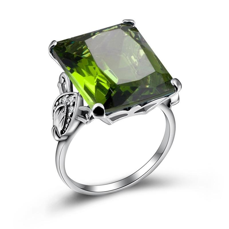 The Dianthus Ring .925 Sterling Silver