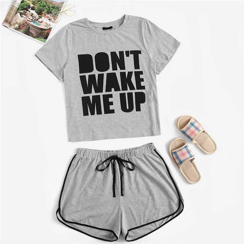 Casual Slogan Print Tee and Dolphin Hem Shorts Plus Size Pajama Sets - Gray - WOMENEXY