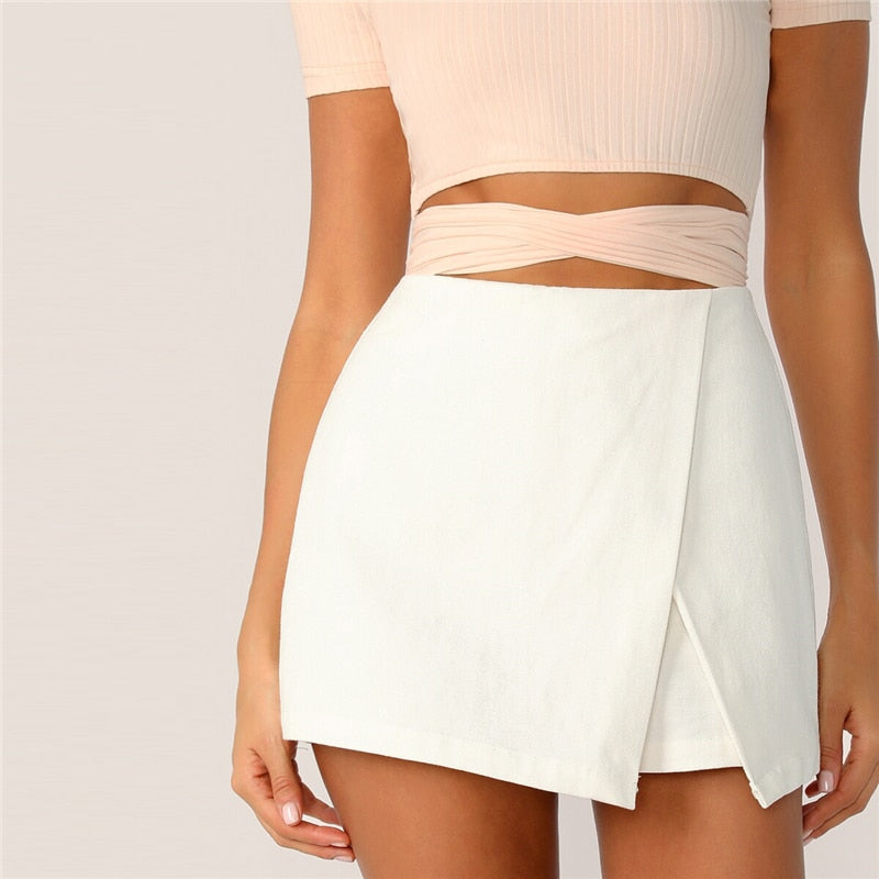 Elegant Zipper Fly Back Solid Wrap Shorts - White