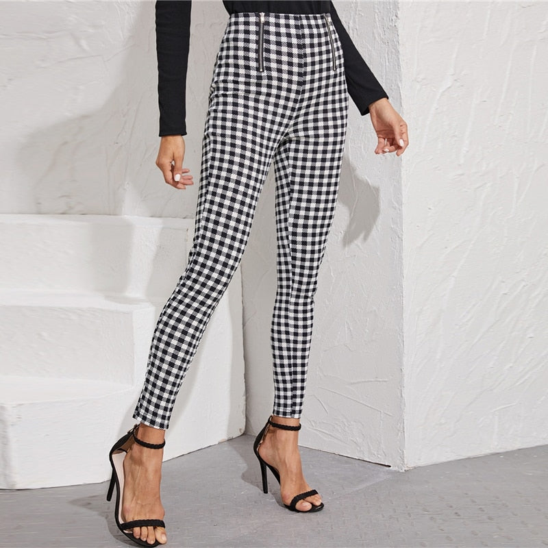 Preppy Zipper Front Gingham Print Skinny Pants - Black and White - WOMENEXY
