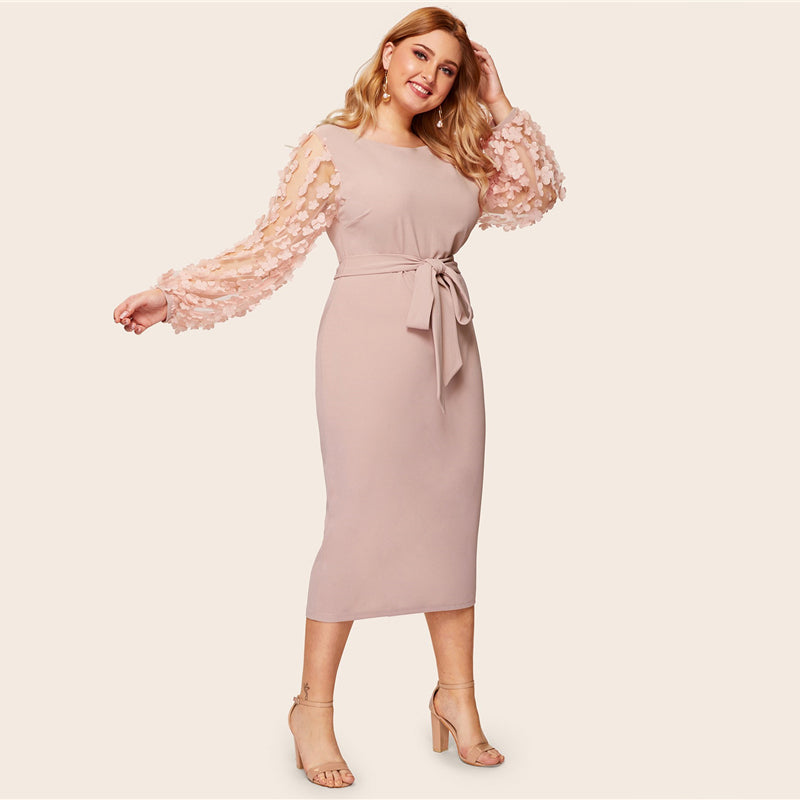Romantic 3D Appliques Mesh Sleeve Plus Size Dress - WOMENEXY