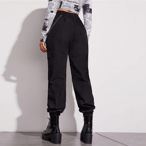 Sporty Zip Detail Cargo Pants With Chain - Black - WOMENEXY