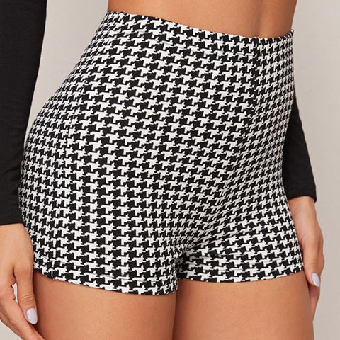 Casual Houndstooth Print Shorts - Black and White - WOMENEXY
