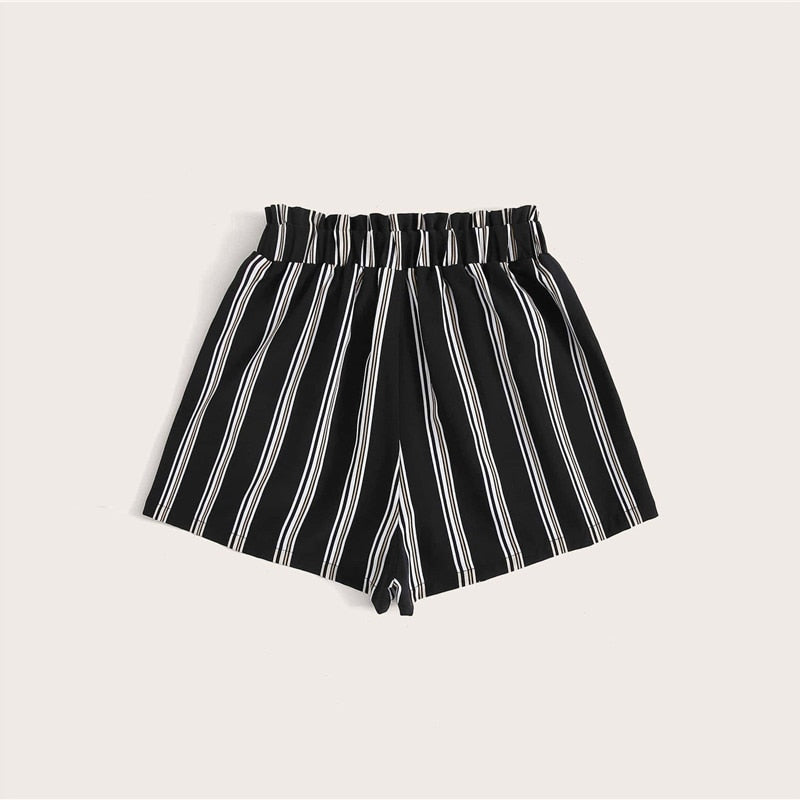 Cute Vertical Striped Pocket Front Belted Shorts - WOMENEXY