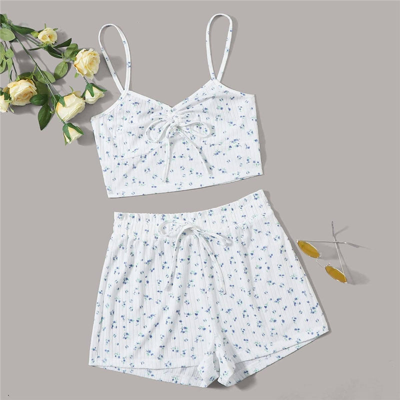 Casual Ruched Knot Front Ditsy Floral Crop Cami Top and Shorts PJ Set - WOMENEXY