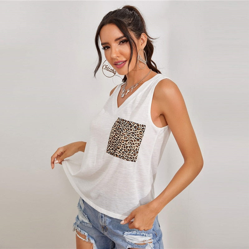 Minimalist Leopard Pocket Patched Tank Top