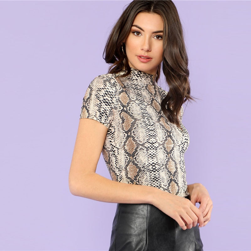 Casual Mock Neck Snake Print Tee - WOMENEXY