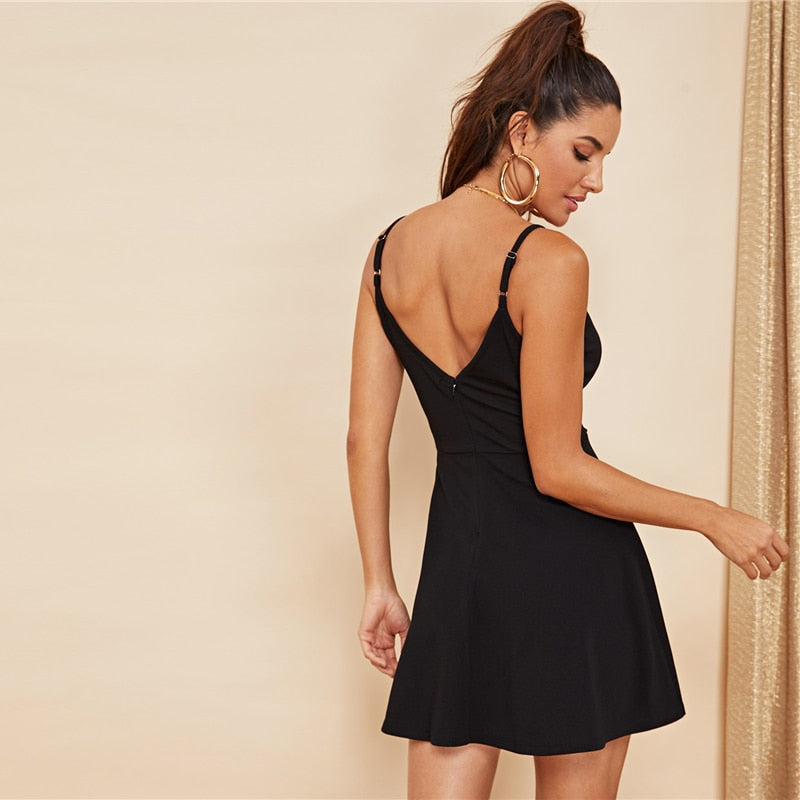 Sexy Backless Solid Wrap Sleeveless Natural Waist Cami Short Dress - Black - WOMENEXY
