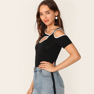 Sporty Contrast Binding Cutout Detail Women T-Shirt - Black