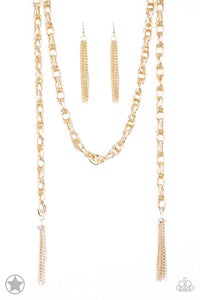 "Paparazzi ""SCARFed for Attention"" BLOCKBUSTER spiraling, interlocking links Gold Tone Necklace & Earring Set Paparazzi Jewelry"