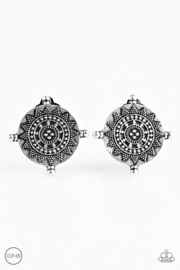 clip on earrings marissa 39 s bling on a budget. Black Bedroom Furniture Sets. Home Design Ideas