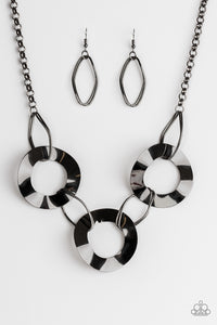 "Paparazzi ""Modern Mechanics"" 2018 Fall Collection Black Gunmetal Wavy Hoop Necklace & Earring Set Paparazzi Jewelry"