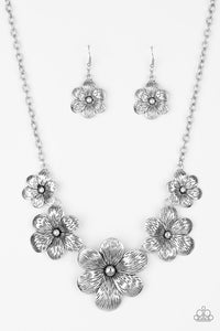 "Paparazzi ""Secret Garden"" February 2019 LIFE OF THE PARTY EXCLUSIVE Silver Floral Design Plate Necklace & Earring Set Paparazzi Jewelry"