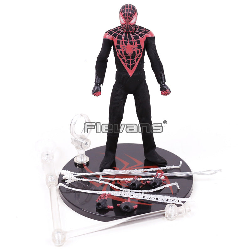 Mezco Marvel Avengers Spiderman One:12 Collective Toy |  Action Figures | WeRToyz