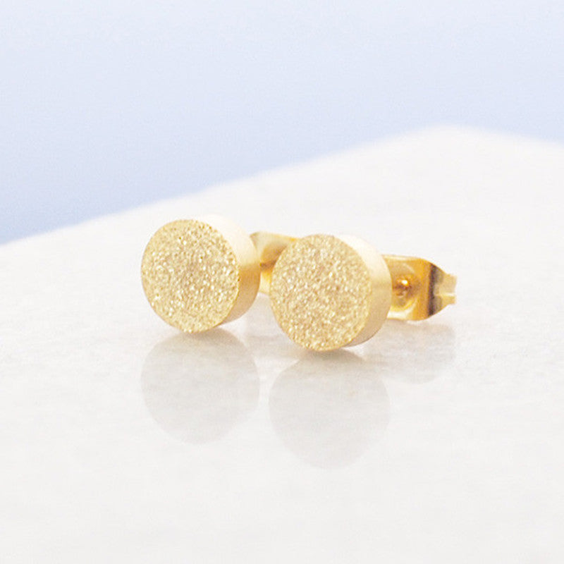 Buen amor - small circle stud earrings