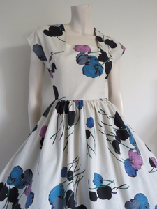 Stunning Vintage 50's Tulip Cotton Party Dress