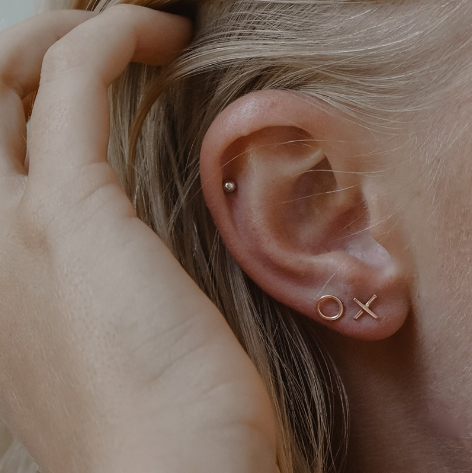 XO Mini Studs Rose Gold & Silver