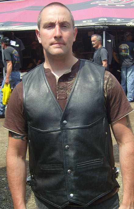 DAKOTA DEEP POCKET MOTORCYCLE VEST - HighwayLeather
