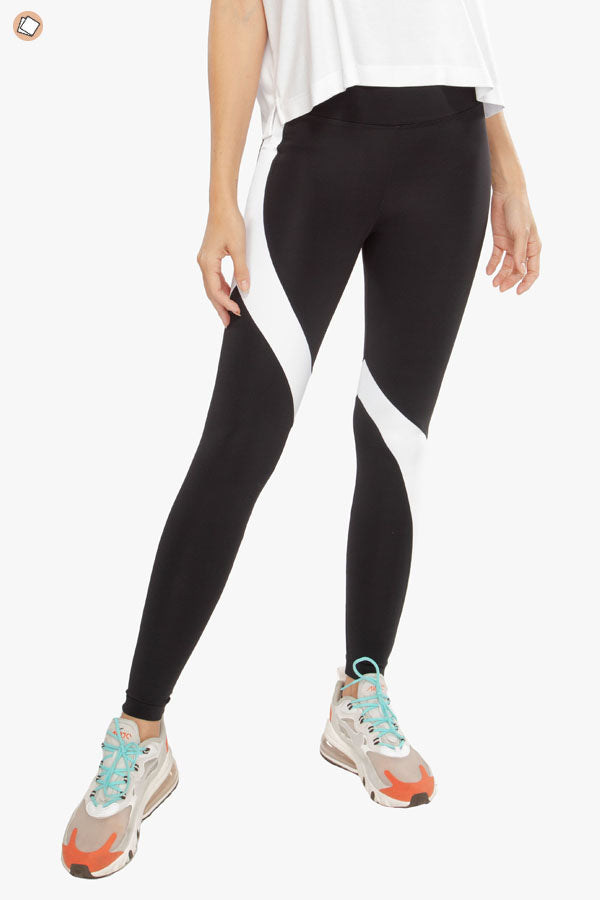 Venus High Rise Blackout Legging