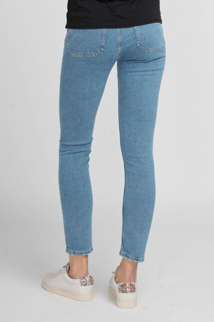 Mimi Mid-Waist Cropped Jeans