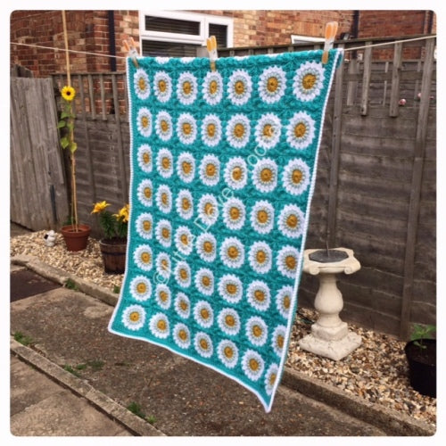 The Aqua Sunburst Blanket