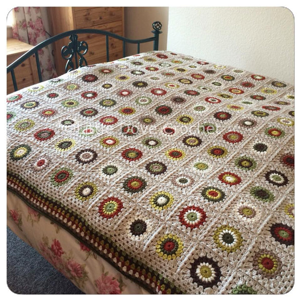 Autumnal Sunburst Kingsize Blanket