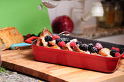 ROASTER W/ WOODEN SERVICE STAND | ENAMELED CAST IRON - RED | LAVA CANADA